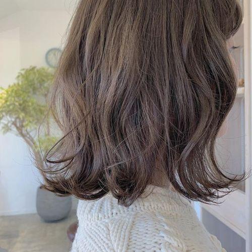担当シオリ @shiori_tomii モカベージュ🦙🦙#hearty#shiori_hair #モカベージュ#ベージュ#アッシュベージュ#切りっぱなしボブ#高崎美容室#群馬美容室#高崎#群馬
