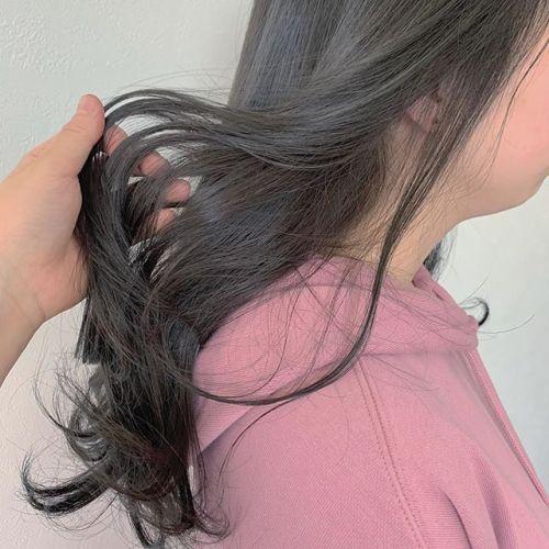 担当シオリ @shiori_tomii アッシュな柔らかカラー#hearty#shiori_hair #アッシュグレー #透明感カラー #ヘアスタイル#高崎美容室#群馬美容室#高崎#群馬