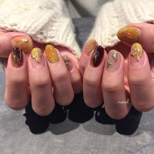 袴のお色に合わせた 卒業式ネイル✩#riconail #HEARTY #abond #nail #nails #gelnail #gelnails #nailart #instanails #nailstagram #beauty #fashion #nuancenail #ネイル #ジェルネイル #ネイルデザイン #ニュアンスネイル #ヴィンテージネイル #卒業式ネイル @riconail123