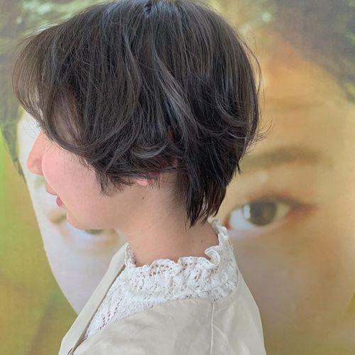 担当シオリ @shiori_tomii もともとはいってるハイライトをいかして、アッシュベージュを!落ちてくるときれいなベージュになるようにしました#hearty#shiori_hair #アッシュベージュ#ハイライト#ベージュ#高崎美容室#群馬美容室#高崎#群馬