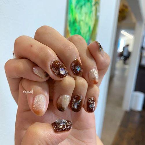 ハンドとフットをお揃いに♩#riconail #HEARTY #abond #nail #nails #gelnail #gelnails #nailart #instanails #nailstagram #beauty #fashion #nuancenail #ネイル #ジェルネイル #ネイルデザイン #フットネイル #ニュアンスネイル #個性派ネイル #シアーネイル @riconail123