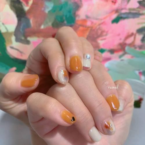 くすみオレンジ✩#riconail #HEARTY #abond #nail #nails #gelnail #gelnails #nailart #instanails #nailstagram #beauty #fashion #nuancenail #ネイル #ジェルネイル #ネイルケア #ニュアンスネイル #個性派ネイル @riconail123