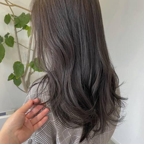 担当シオリ @shiori_tomii グレージュカラー#hearty#shiori_hair #グレージュカラー#グレージュ #アッシュグレー#アッシュカラー #高崎美容室#群馬美容室#高崎#群馬