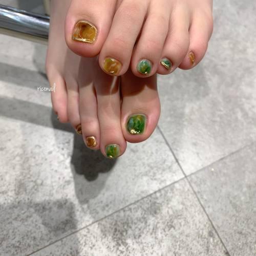 フットネイルの季節です︎#riconail #HEARTY #abond #nail #nails #gelnail #gelnails #nailart #nuancenail #footnail #高崎美容室 #ネイル #ジェルネイル #ネイルケア #フットネイル #ニュアンスネイル @riconail123