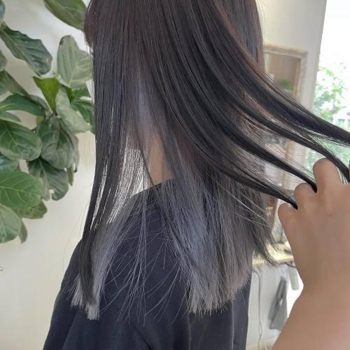 担当シオリ @shiori_tomii ぷつっとcutにインナーホワイトカラーをインナーカラー大人気です!#hearty#shiori_hair #高崎美容室#群馬美容室#高崎#群馬