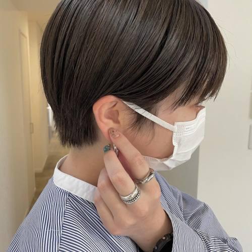 担当シオリ @shiori_tomii アッシュブラウンで柔らかカラー🐋ショートヘア人気です♡#hearty#shiori_hair #高崎美容室#群馬美容室#高崎#群馬