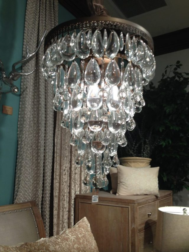 Yes, a very modern chandelier.