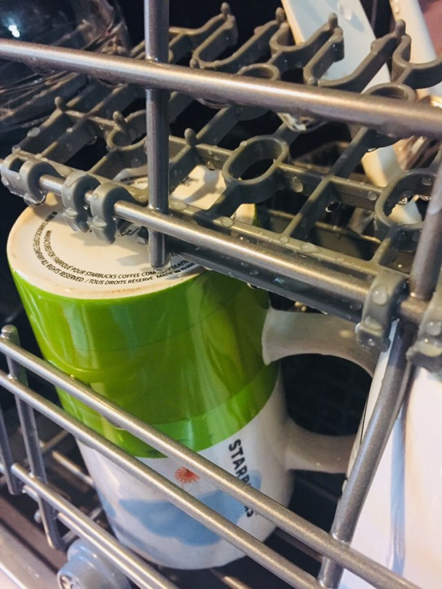 Countertop dishwasher cup and mug rack