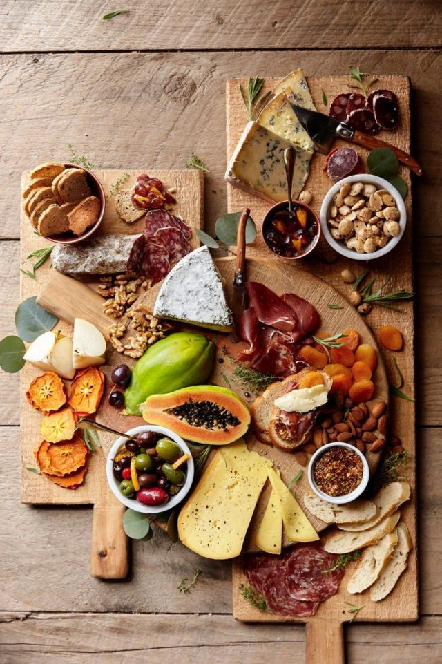 Charcuterie board picture from Pinterest