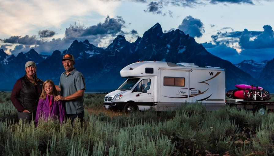 RVE 0012: How Kathy and Peter Holcombe Get Paid to Take Epic Photos