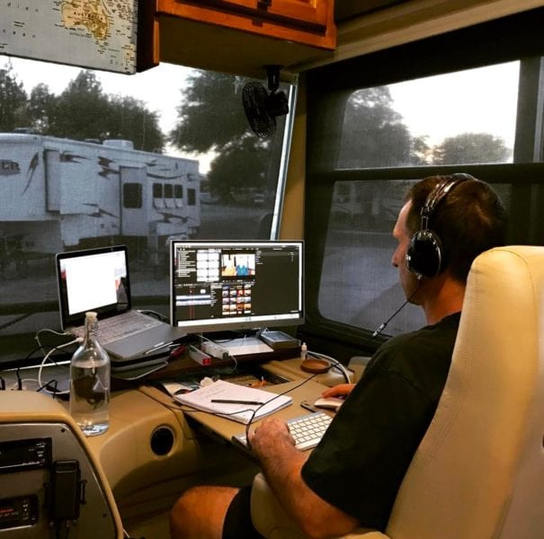25 Mobile Office SetUps to Inspire You to RV FullTime