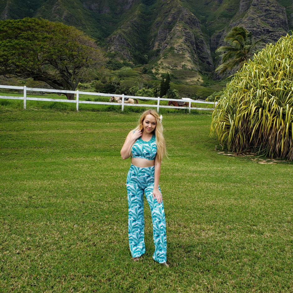 Honolulu Hawaii Travel Fashion