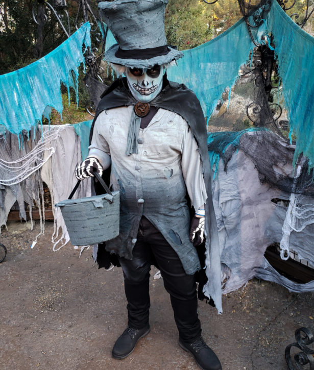 Hat Box Ghost Disney Haunted Mansion Costume
