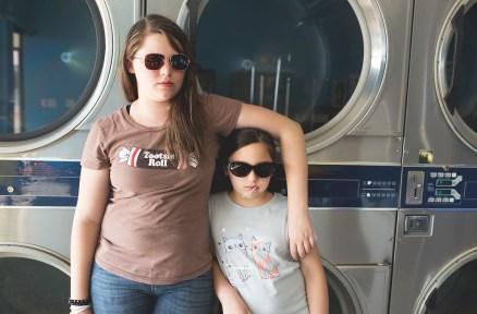 girls laundry web