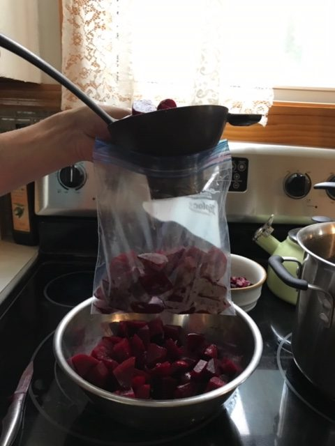 Why should I eat beets? #HeatherEarles #herbnwisdom #naturalliving #superfoods #beets