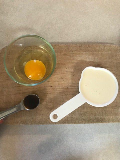 egg, vanilla, and heavy cream