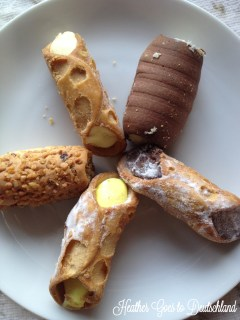 Vanilla, coconut, chocolate, lemon and hazelnut. Nom!