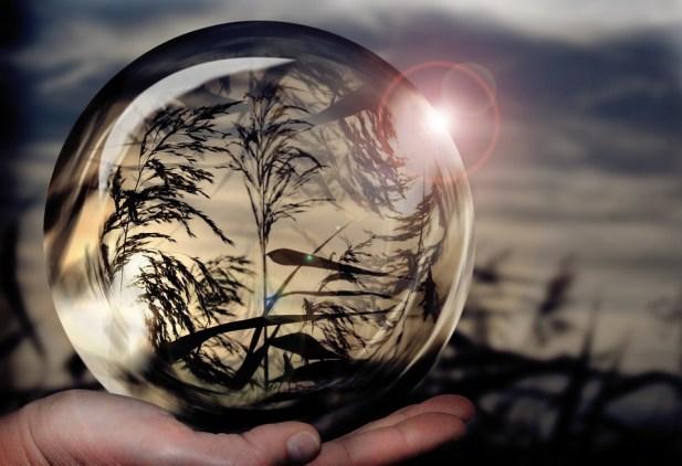 glass-ball-1667668_960_720