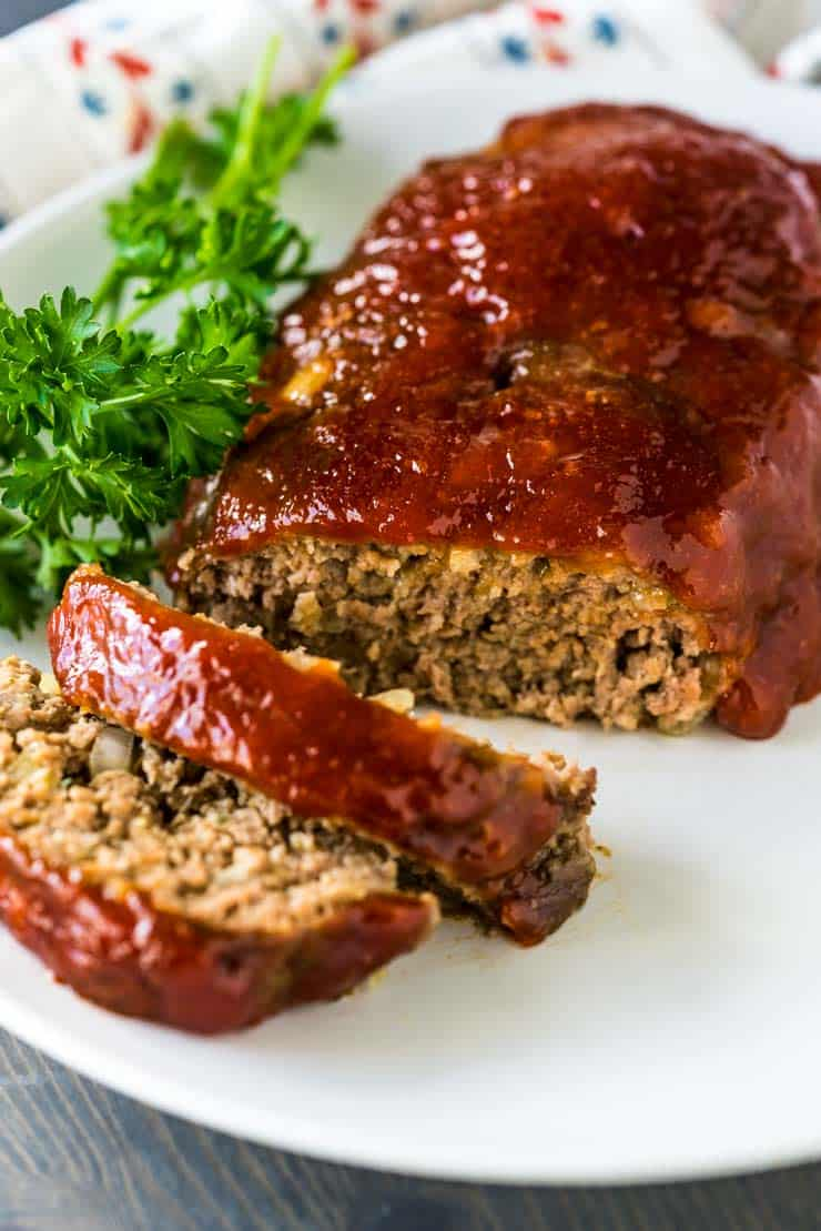 2 Lb Meatloaf Recipe With Crackers : meatloaf, recipe, crackers, Classic, Meatloaf-, Mom's, Recipe!, Heather, Likes