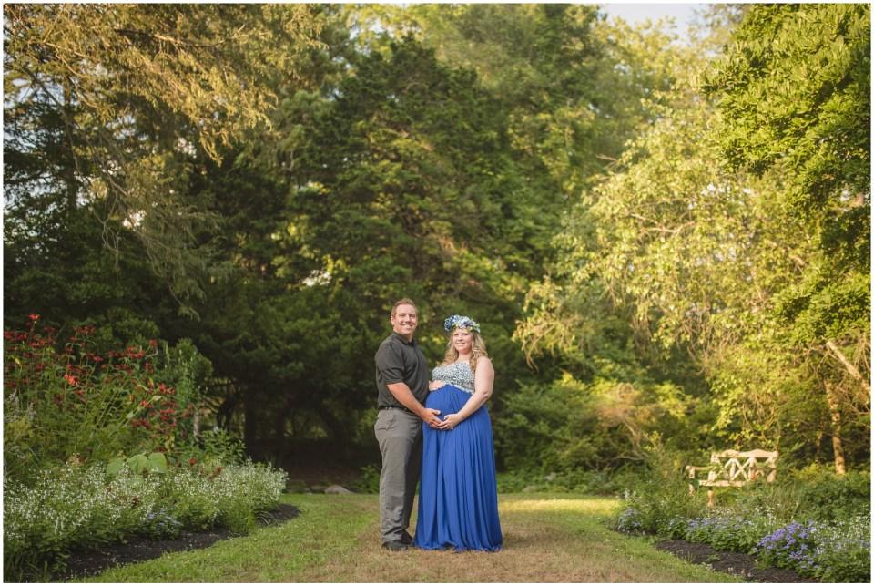 summer maternity portraits, sayen gardens, hamilton new jersey, gown, flower crown