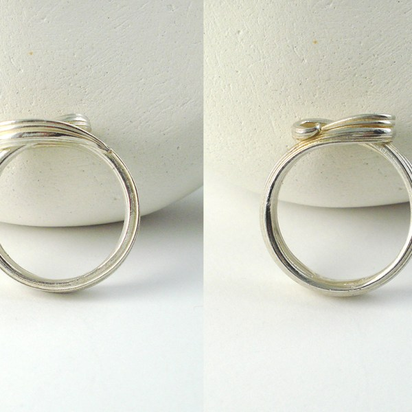 mitsuro wave ring top and bottom