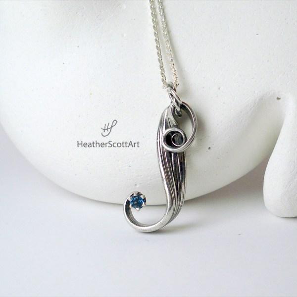 mitsuro blue topaz necklace