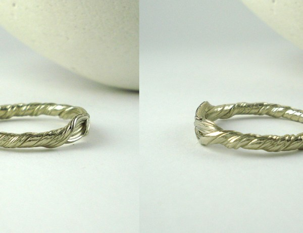 mitsuro leaf wedding band side view