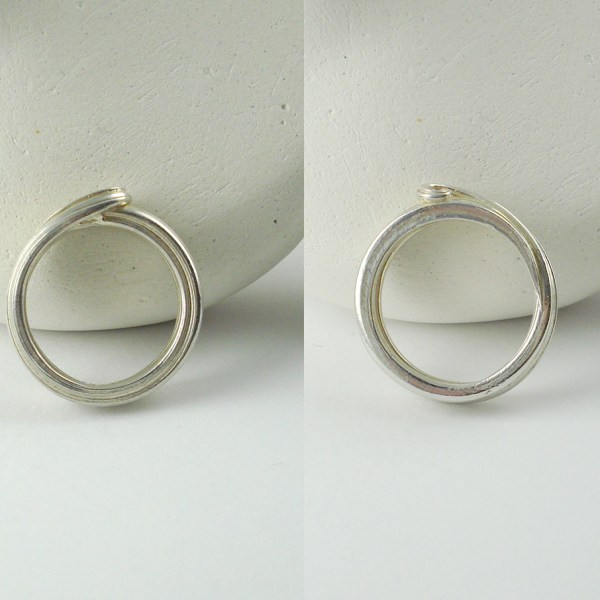 ocean wave ring top and bottom views