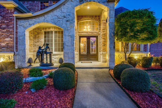 5010-lake-forest-dr-rowlett-tx-1-High-Res-2