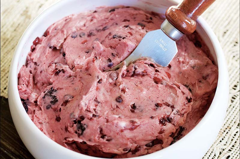 berry-butter-in-bowl