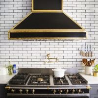 Design Trends: White Tile with Dark Grout