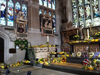 Shakespeares Tomb and Bust