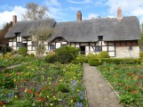 400 celebration Anne Hathaways Cottage Garden complete