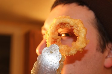 I See You... Though The Onion Ring