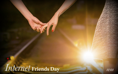 Did you know #InternetFriendsDay is a thing? Yeah, me neither, but the internet has created my tribe of people, holding my hand as I walk through life.