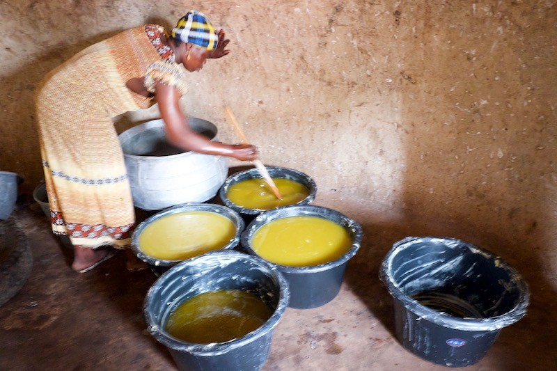 Cooking-Raw-Shea-Butter