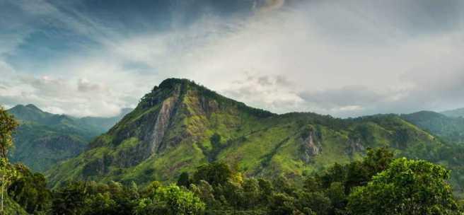 Hotelstay-srilanka-Adames-Peak-2-1024x475