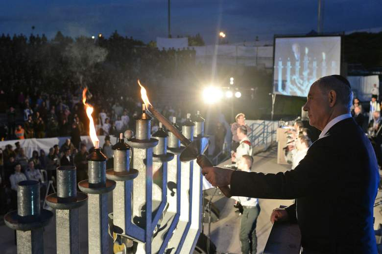 hanukkah candle lighting blessings