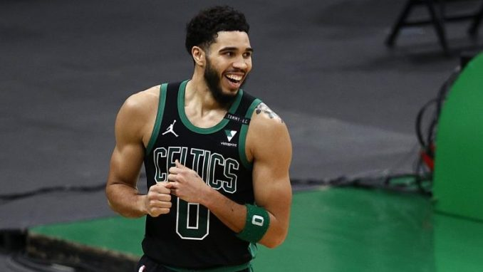 Jayson Tatum's mom fires back at haters on twitter