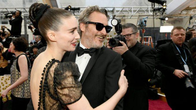 Joaquin Phoenix Rooney Mara Oscars