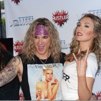 STEEL PANTHER HUSTLER HOLLYWOOD ALL YOU CAN EAT 4/3/2014 NSFW