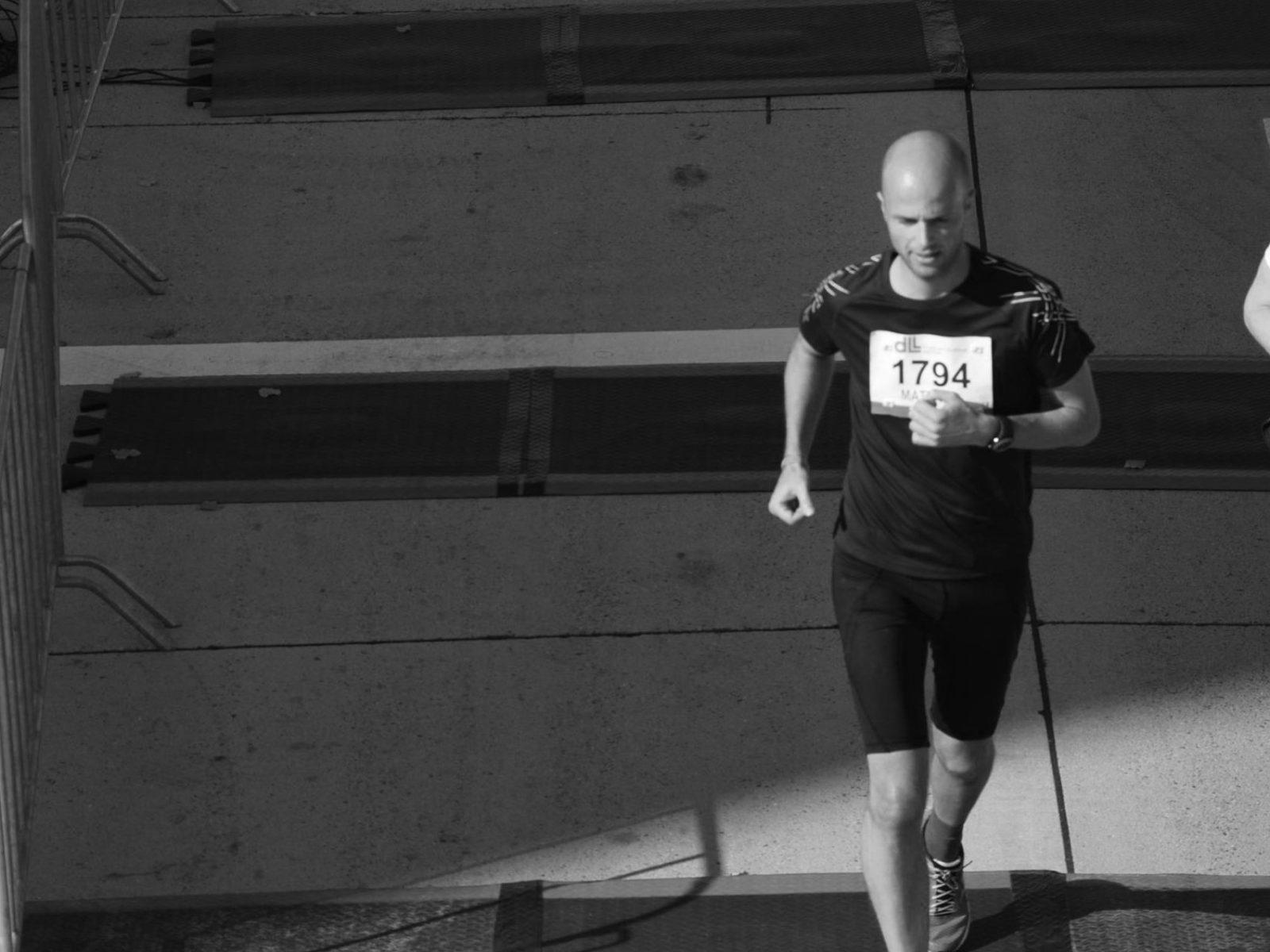 In 2015 liep ik de hele marathon van Eindhoven. Ik kan het bijna iedereen afraden.