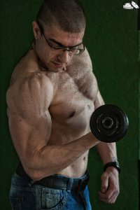 side-with-dumbbell-2015-05-03