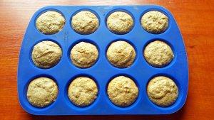 banana-almond-muffins-02