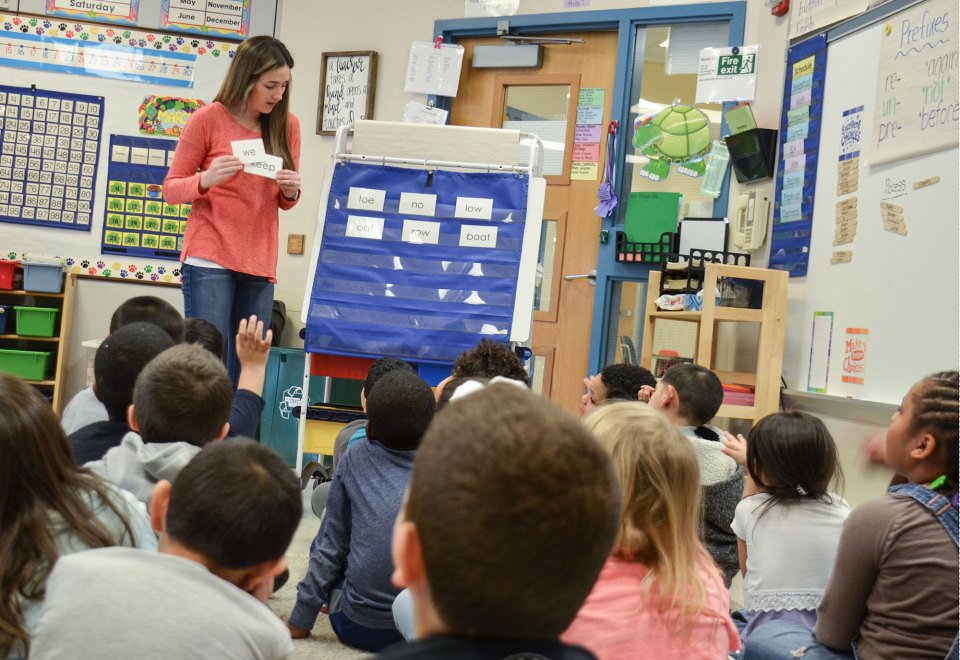 Teachers in Bethlehem, Pennsylvania, use a curriculum that mixes teacher-directed whole-class phonics lessons with small-group activities.