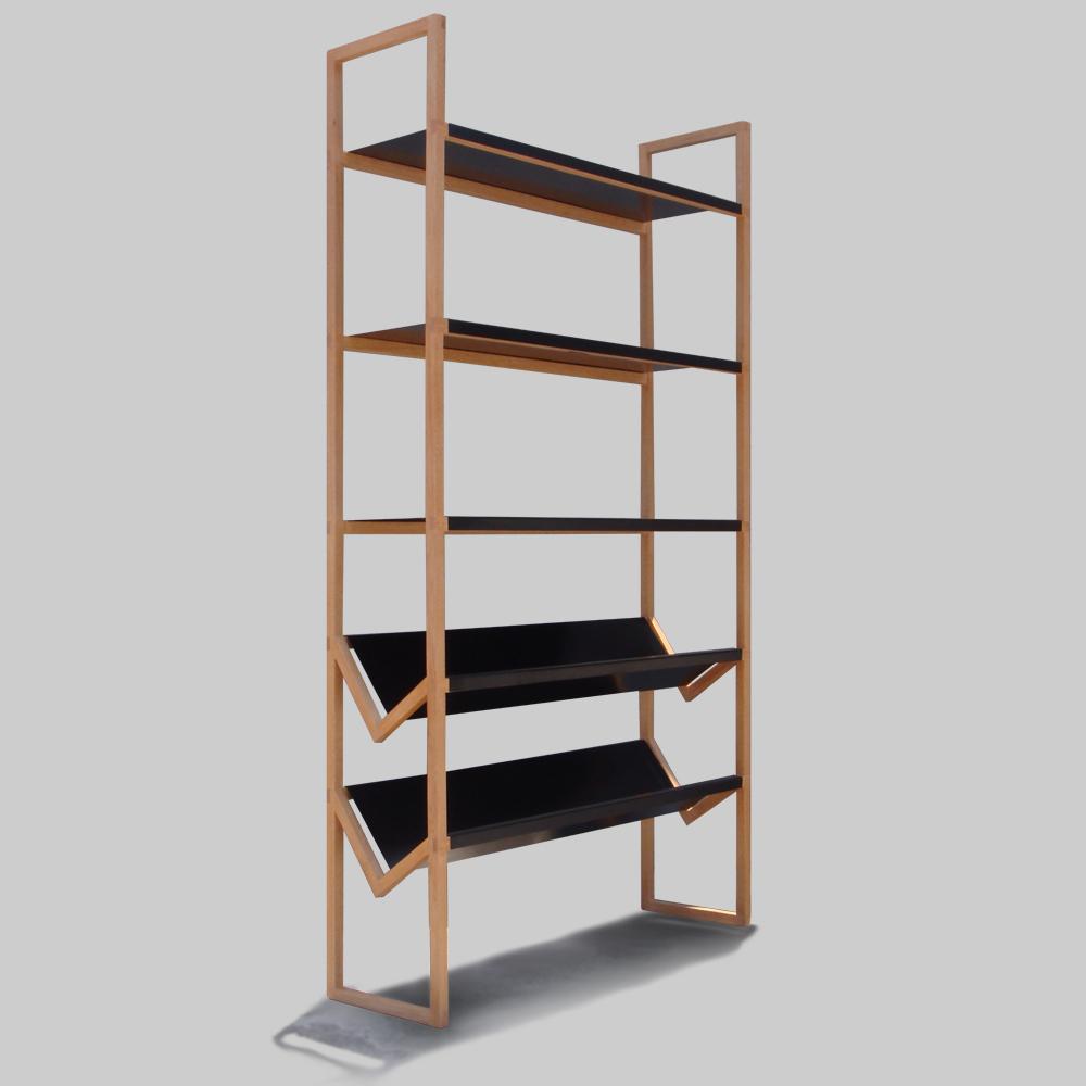 Librero moderno de madera alto Gongo con estanteras