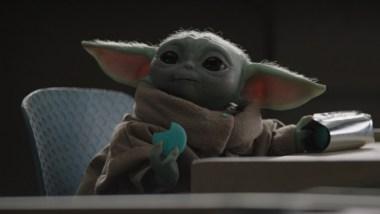 Baby Yoda's Blue Mandalorian Macarons Don't Taste Great Sorry | Den of Geek