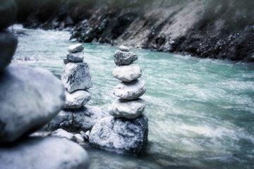 Une image contenant extérieur, eau, nature, roche Description générée automatiquement