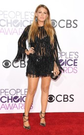 rs_634x1024-170118174431-634-blake-lively-peoples-choice-awards-2017