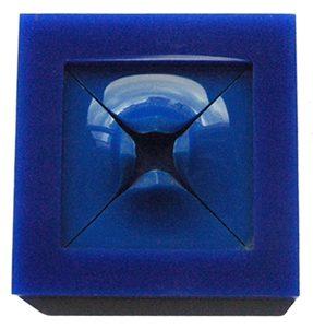 Ruudt Peters, Blue, broche, plexiglas, 1976, kunststof